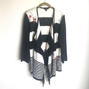 Cupio Sweater Black White Drape Front Size L